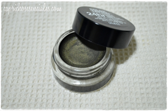 Maybelline Mossy Green4
